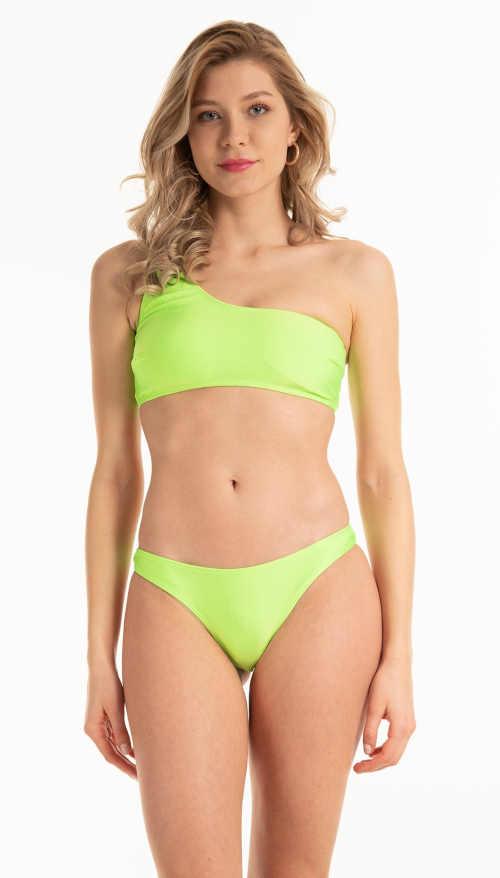 Stringi bikini w kolorze pastelowej zieleni wykonane z przyjemnego materiału